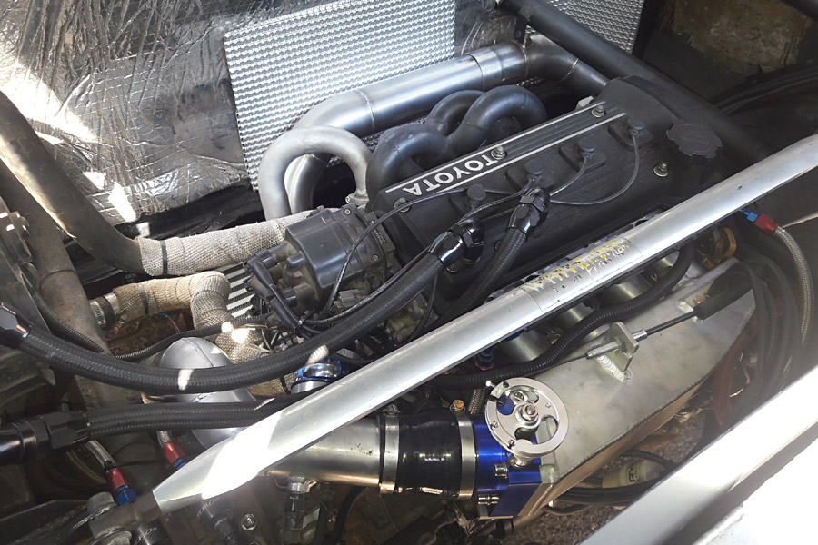 Twin Engined Toyota Starlet - fullBOOST